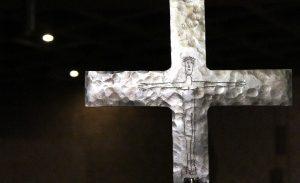 Vortragekreuz in der Heilig-Engel-Kirche