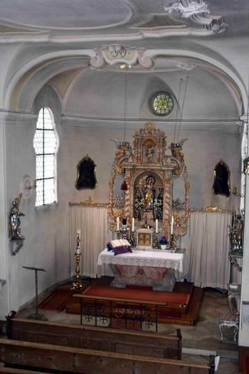 Innenraum St. Ulrich in Spötting